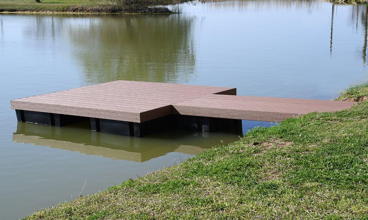 An 8x8ft Dock Kit with TimberTech Decking