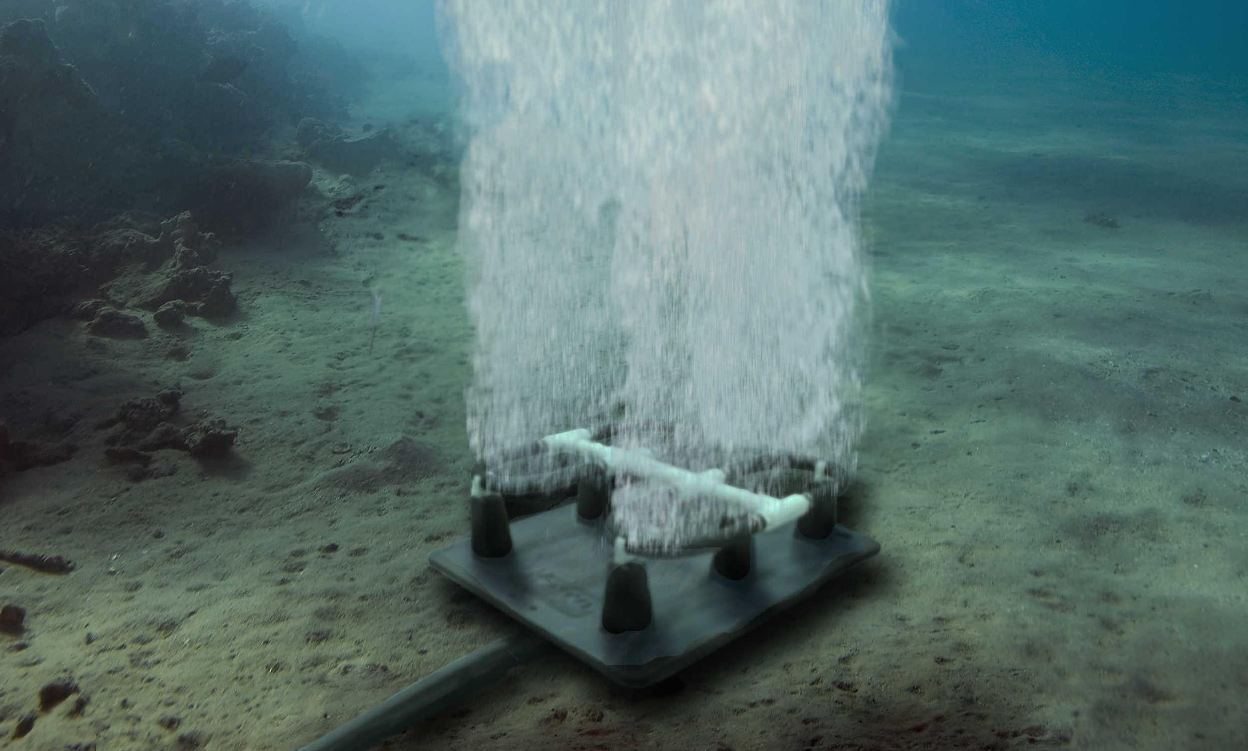 Kasco-Marine-Robust-Aire-Under-Water